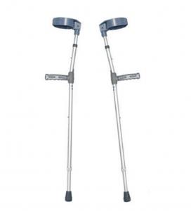 Kruk membantu mengobati sakit lutut