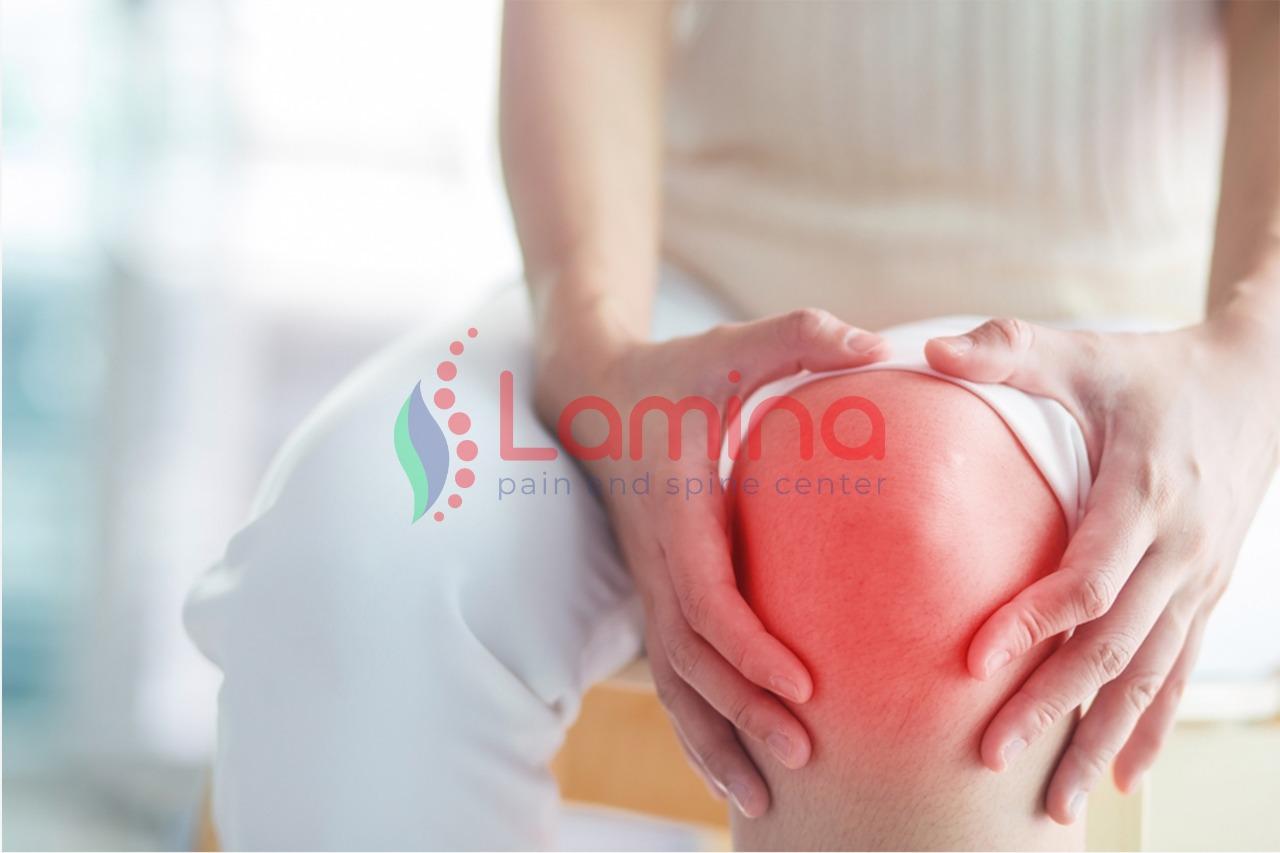 lutut bengkak berisi cairan
